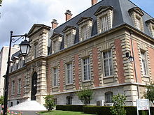 Mirko Beljanski obtains his Ph.D. in molecular biology, and joins the Pasteur Institute in Paris