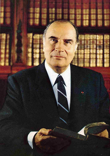 """French President François Mitterrand uses the new """"Beljanski"""" products for advanced prostate cancer. He testifies in Paris Match """"the extracts (…) play a decisive role in my recovery"""""""