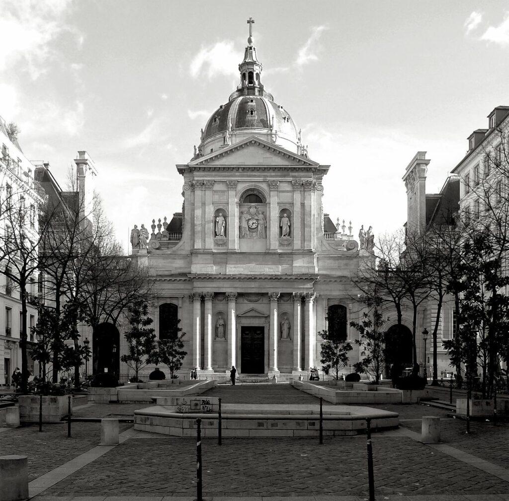 Beljanski enrolls in La Sorbonne University in Paris