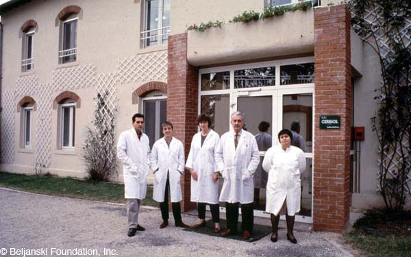Creation of the CERBIOL laboratory (Biological Research Center) which will allow Mirko Beljanski to pursue his research independently